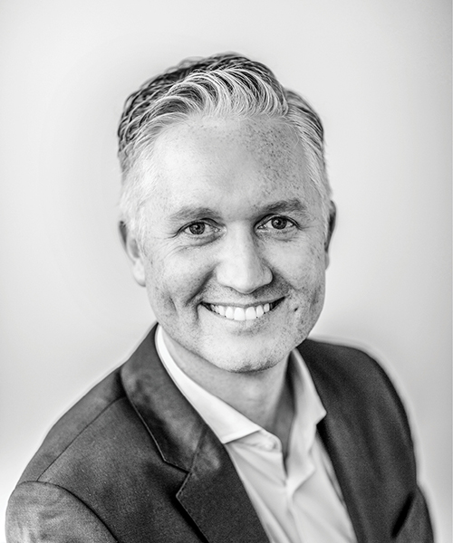 Associate Professor Luke Burchill