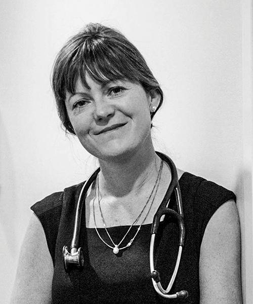 Dr Angela Dos Santos